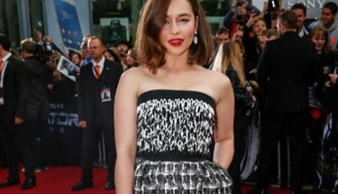 Emilia Clarke da kısa saçlılar kulübüne girdi!