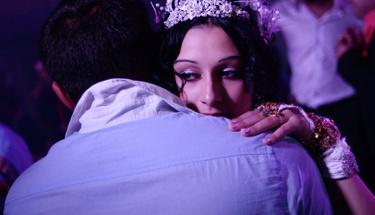 Aldatılan damat düğünde gelinden öyle bir intikam aldı ki...