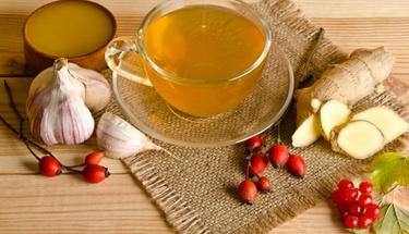 Sabahları aç karnına sarımsak çayı için...