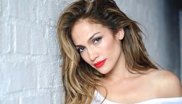 Dünyaca ünlü yıldız Jennifer Lopez işte böyle fit kalıyor!