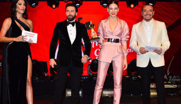 En iyi kadın oyuncu ödülü Serenay Sarıkaya'ya gitti...