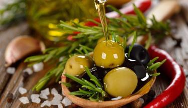 Zeytini fazla tuzdan böyle arındırabilirsiniz!
