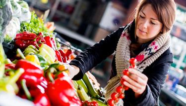 Menopoz döneminde bu besinler hayatınızın bir parçası haline getirin!