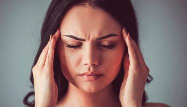 Baş ağrınızın nedeni sinüzit olabilir!