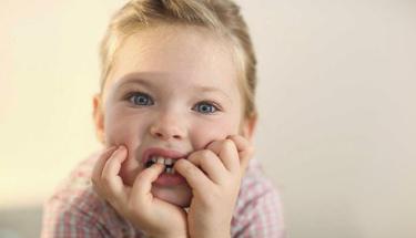 Çocuklar neden tırnak yer?