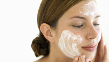 Soyulan maske ile cildinizi yenileyin!