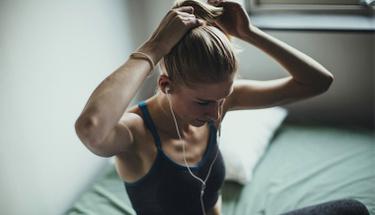 Egzersiz yapmak zor geliyor diyenleri yataktan çıkaracak 7 ipucu!