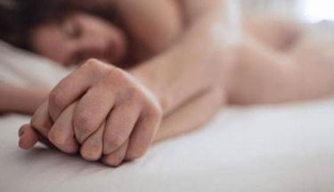Vajinusmus tedavisinde parmak egzersizine dikkat