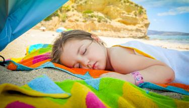 Yaz hastalıkları en çok çocukları tehdit ediyor!