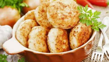 Et yemekten bıkanlara: Fırında tavuk köfte