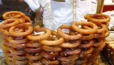 Enfes bir sokak lezzeti: Halka tatlı tarifi