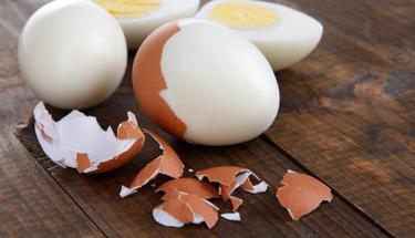 Yumurta soymak hiç bu kadar kolay olmamıştı!