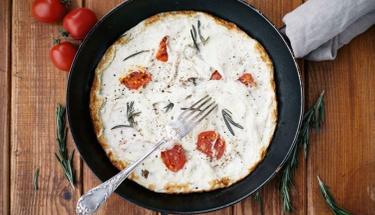 Kahvaltı sofralarınız renklensin: Beyaz Omlet Tarifi
