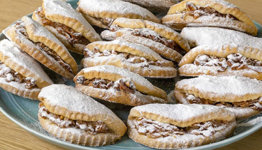 Ağızda dağılan lezzet:  Elmalı kurabiye tarifi