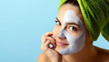Bu maskelerle cildinizdeki yaşlanmayı durdurun!