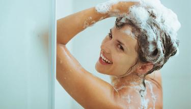 Saçınıza fazla şampuan sürerseniz...