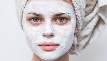 Cilt sorunları olanlar için maya maskesi!