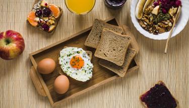 Gün boyu tok tutan diyet kahvaltı tarifleri!