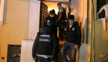 Ünlü youtuberler uyuşturucudan yaka paça gözaltına alındı!