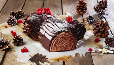 Yılbaşı sofralarınızı renklendirin: Kütük pasta