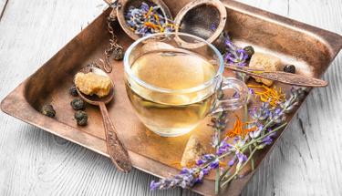 Uyumakta zorluk çekenler için bitki çayı önerileri!