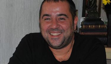Ata Demirer'in '10 years challenge' paylaşımı kahkaya boğdu!