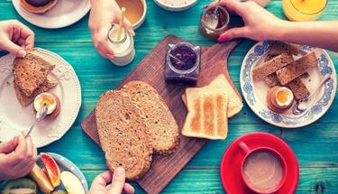 Haftasonu kahvaltılarına yakışır: Kekikli peynirli çörek tarifi!