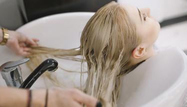 Ten rengine göre saç boyası seçmenin ip uçları