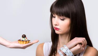 Saç dökülmelerin nedeni yaptığınız diyet olabilir!