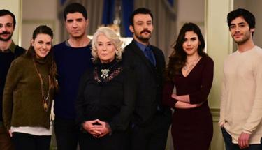 İstanbullu Gelin'in oyuncusunun hayranları oteli bastı!