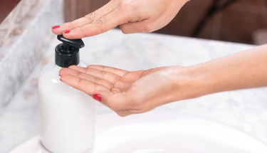 Sıvı el sabununuzu evde yapmaya ne dersiniz?