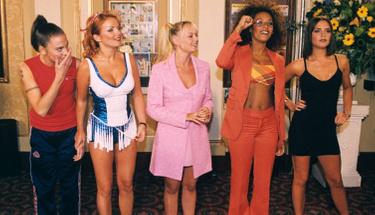 Spice Girls'in üyesinden şok itiraf ''Tek gece ilişkiye girdik!''