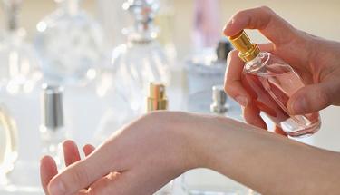 Kendi parfümünüzü evde yapmaya ne dersiniz?