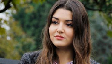 Ünlü oyuncu Hande Erçel'in en mutlu günü!