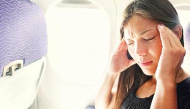 Uçak yolculuğunuz kulaklarınızı tehdit ediyor!