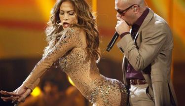 Jennifer Lopez'in müstehcen kucak dansı olay oldu!