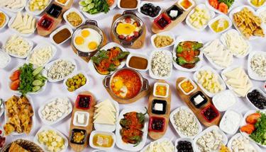 Kahvaltılarınıza eşlik edecek: Mayasız katmer tarifi