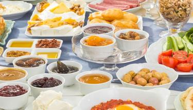 Kahvaltının yeni gözdesi: Girit ezme tarifi