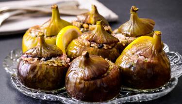 Davet sofralarının vazgeçilmezi: Kuru incir dolması