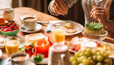 Haftasonu kahvaltılarına yakışır: Peynirli biberli ekmek tarifi