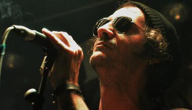 Rock müziğin gizli yeteneği Burak Sayın'dan 'İmkansız'