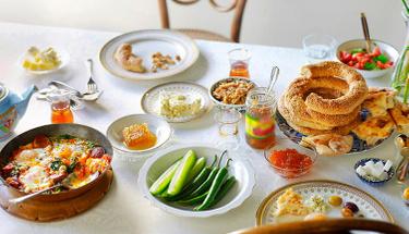 Kahvaltının yeni adresi: Peynirli sufle
