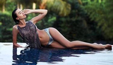 Rus model arkadaşlarının gözü önünde boğularak hayatını kaybetti!