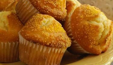 Misafirleriniz bu tada bayılacak: Mısır unlu muffin tarifi