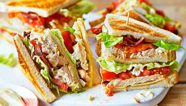 Kahvaltıdaki pratik lezzet: Club Sandwich