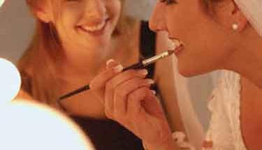 Gelinliğinizi makyajınızla tamamlayın