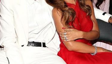 Rihanna ve Chris Brown'dan mutluluk pozları