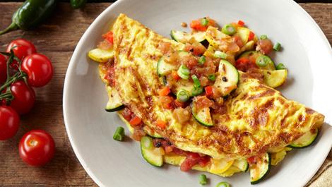 Sağlıklı sabahlar için sebzeli omlet!
