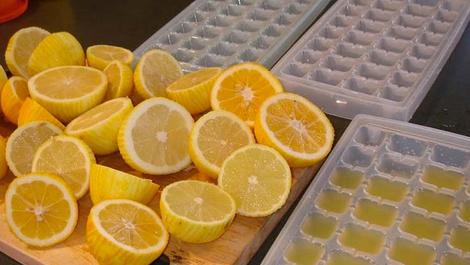 Limonları buzlukta saklamak çok faydalı