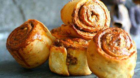 Yemelere doyamayacaksınız: Haşhaşlı cevizli çörek